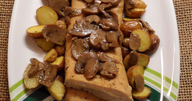 Polpettone di tacchino al formaggio con funghi e patate